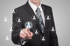 Działu zasobów ludzkich biznesu pojęcie Biznesmen naciska hr ikonę na wirtualnym ekranie Zdjęcia Royalty Free