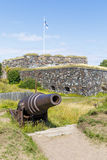 Działo w Suomenlinna fortecznym terenie w Helsinki Obrazy Stock