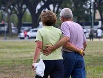 dziadek jest dzień babcia nadal razem Fotografia Royalty Free