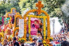 Dzień nieżywa Dia De Los Muertos parada w Meksyk, Meksyk - Fotografia Royalty Free