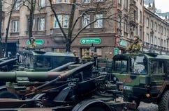 Dzień niezależność i Defence siły paradujemy z wojskowym Zdjęcia Royalty Free