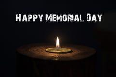 Dzień pamięci, inskrypcja na czarnym tle i świeczka, Zdjęcie Stock