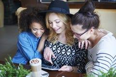 Dzień przy kawiarnią Zdjęcie Royalty Free