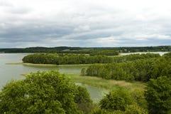 dzień chmurni jeziora Zdjęcia Royalty Free
