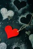 dzień karciany valentine s Rewolucjonistki papierowy serce na arkanie Fotografia Royalty Free