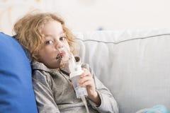 Dzieciństwo wpływający chroniczną chorobą Obrazy Royalty Free
