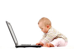 dzieci 13 ubaw ma laptopa Obraz Royalty Free