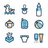 Dzieci akcesoria Set ikony: upadek filiżanka z rękojeściami, żywieniowa butelka, piłka, gumowa kaczka dla skąpania, koiciel, dzie royalty ilustracja