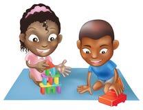 dzieci bawić się dwa Obrazy Royalty Free