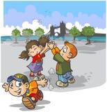 Dzieci bawić się grę Obrazy Royalty Free