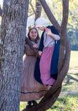 Dzieci Bawić się przy Amerykańskim wojny domowej Reenactment obrazy stock
