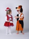 Dzieci bawić się rola na karnawale Obrazy Stock