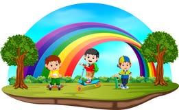 Dzieci bawić się w parku na tęcza dniu ilustracja wektor