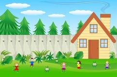 Dzieci bawić się zielonego gazon blisko lasu ilustracji