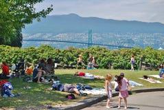 Dzieci Bawić się przy Stanley parka nadmorski Zdjęcie Stock