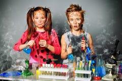 dzieci brudzą Zdjęcia Royalty Free