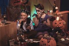 Dzieci cieszy się Halloween zdjęcie royalty free