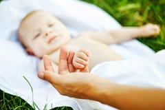 Dziecięcy dziecko outdoors Obrazy Royalty Free