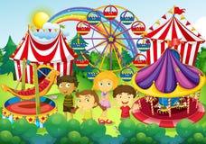 Dzieci ma zabawę w cyrku Fotografia Royalty Free