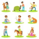 Dzieci Migdali Małych zwierzęta W Migdalić zoo kolekcję kreskówek ilustracje Z dzieciakami Ma zabawę ilustracja wektor