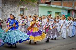 Dzieci na paradzie na Meksyk rewoluci dniu obrazy stock