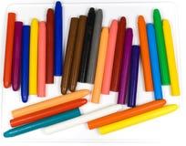 dzieci oliwią ołówki s obraz royalty free