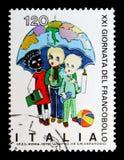 Dzieci pod parasolem, poświęcać Stemplować dzień, seria, około Zdjęcia Stock
