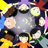 Dzieci różne rasy w okręgu na tle Obraz Stock