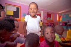 dzieci sala lekcyjnej lekcyjna reala szkoła Obraz Royalty Free