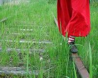 Dzieciństwo i stara linia kolejowa Fotografia Royalty Free