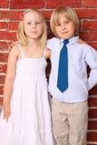 dzieci szczęśliwy przytulenia ja target1143_0_ Zdjęcie Stock