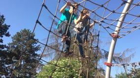 Dzieci w przygoda parku zdjęcie wideo