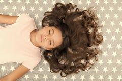 Dzieciak perfect k?dzierzawa fryzura Conditioner maskowego organicznie nafcianego utrzymania w?osiany b?yszcz?cy, zdrowy i Zadziw zdjęcia royalty free