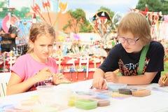 Dzieciak robi mandalas Fotografia Stock