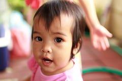 Dzieciak szczęśliwa dziewczyna Obrazy Royalty Free