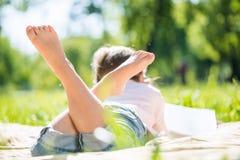 Dzieciak w parku Zdjęcie Royalty Free