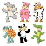 Dzieciak z zwierzętami kostiumowymi Zdjęcia Stock