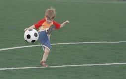 dzieciaka futbolowy gracz Obraz Stock