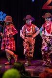 Dzieciaka kowboj tanczy na scenie fotografia royalty free