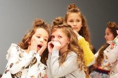 Dzieciaka ` s mody dzień podczas Białoruś mody tygodnia na Październiku 29, 2017 w Minsk, Białoruś Obraz Royalty Free