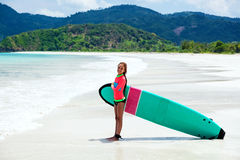 Dzieciaka surfing Fotografia Stock