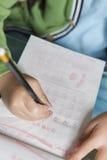 Dzieciaka writing liczba Zdjęcie Royalty Free