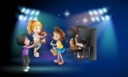 Dzieciaki bawić się muzykę na scenie ilustracja wektor