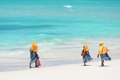Dzieciaki iść szkoła w Zanzibar Zdjęcia Royalty Free
