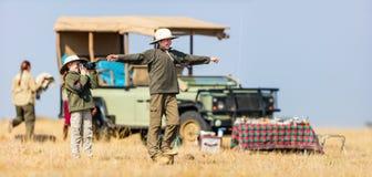 Dzieciaki na safari śniadaniu Obraz Royalty Free
