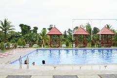 Dzieciaki pływa w odziewają w rozrywka parku Manneken zdjęcie stock