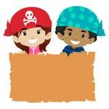 Dzieciaki trzyma Pustego papirusu Fotografia Stock