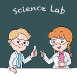 Dzieciaki w laboratorium naukowe klasie - kreskówka wektoru ilustracja royalty ilustracja