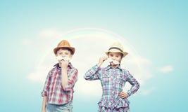 Dzieciaki z wąsy Fotografia Stock