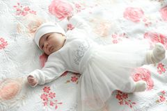 dziecka łóżka kłamstwa obraz royalty free